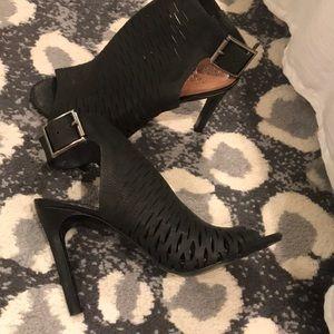 Vince Camuto Black Sandal heels 7.5